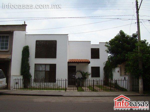 Amplia casa en renta fracc jardines de dgo mexico for Renta de casas en durango